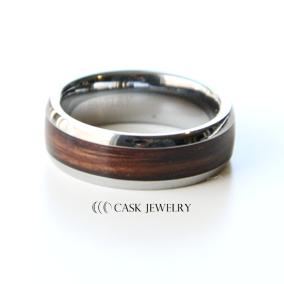 Women's Wine Barrel Ring